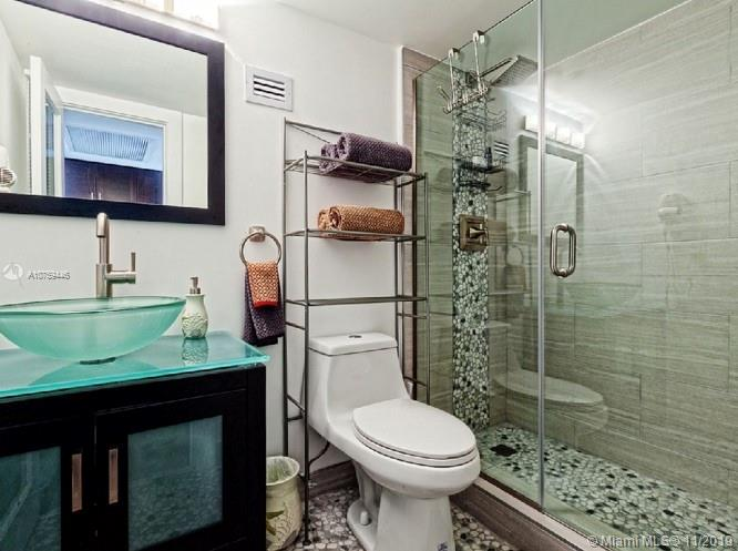 19201  COLLINS AVE. #720 For Sale A10759446, FL