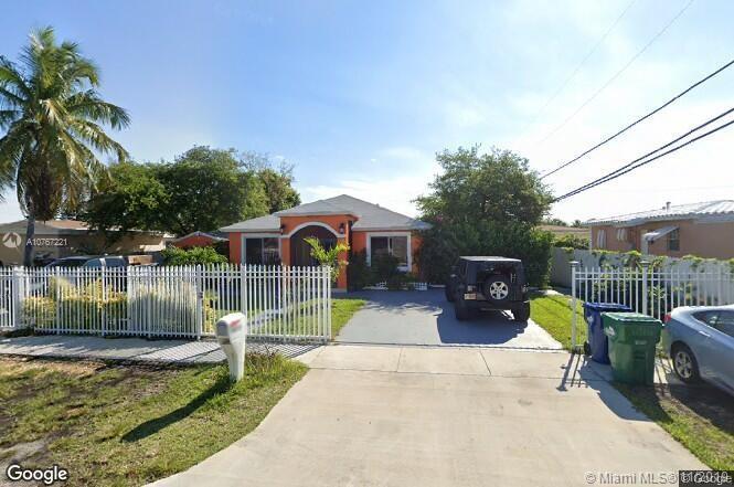 14725 NW 10th Ct, Miami, FL 33168