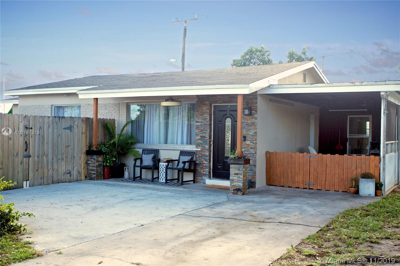 6400  Fletcher St  For Sale A10767219, FL