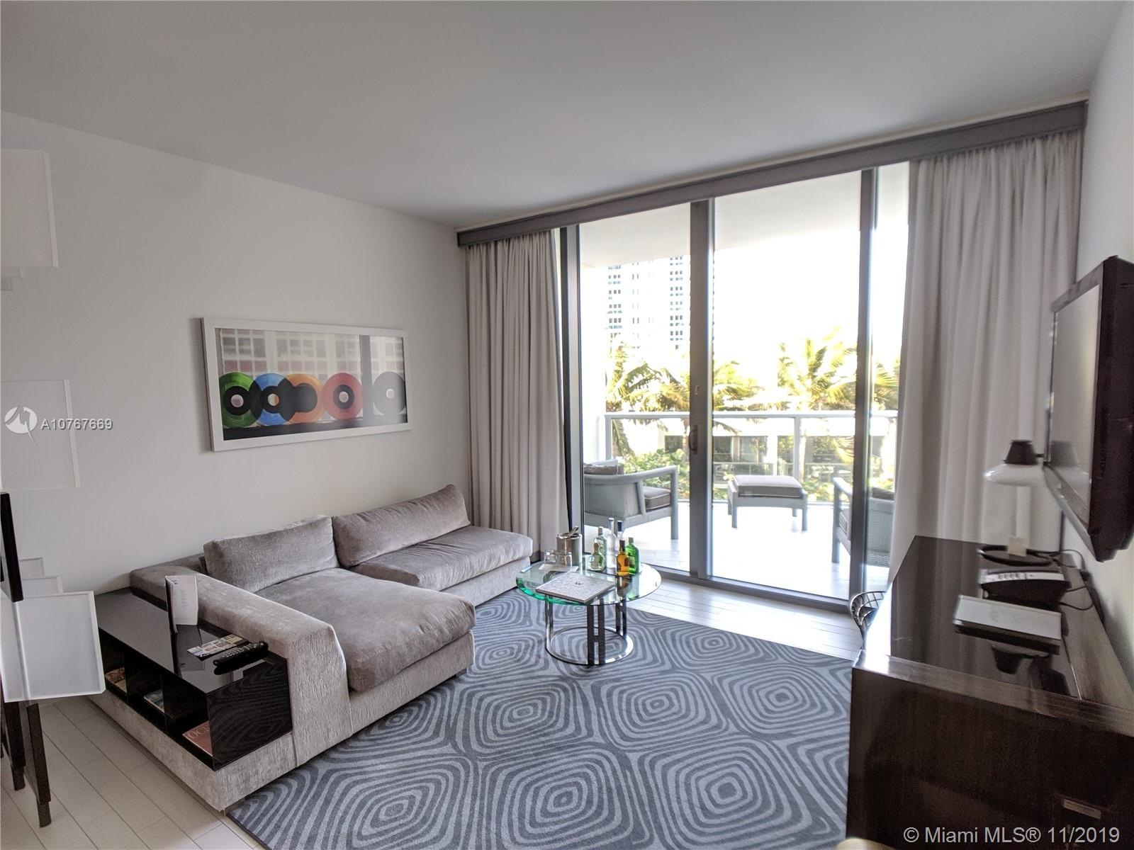 2201  Collins Ave   325