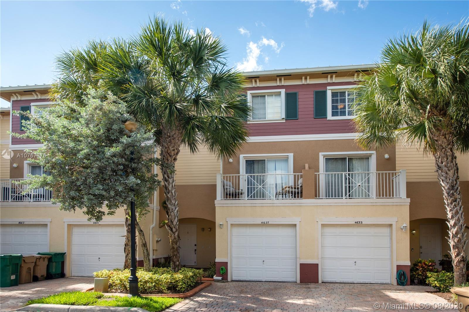 4637 SW 75th Way  For Sale A10767776, FL