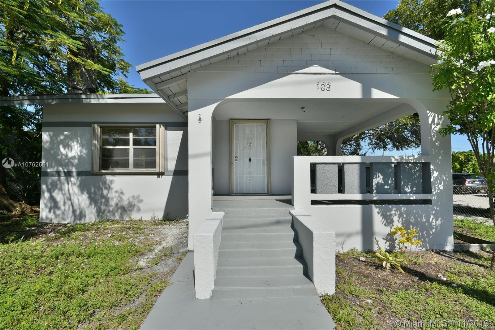 103 NW 35th St  For Sale A10762561, FL
