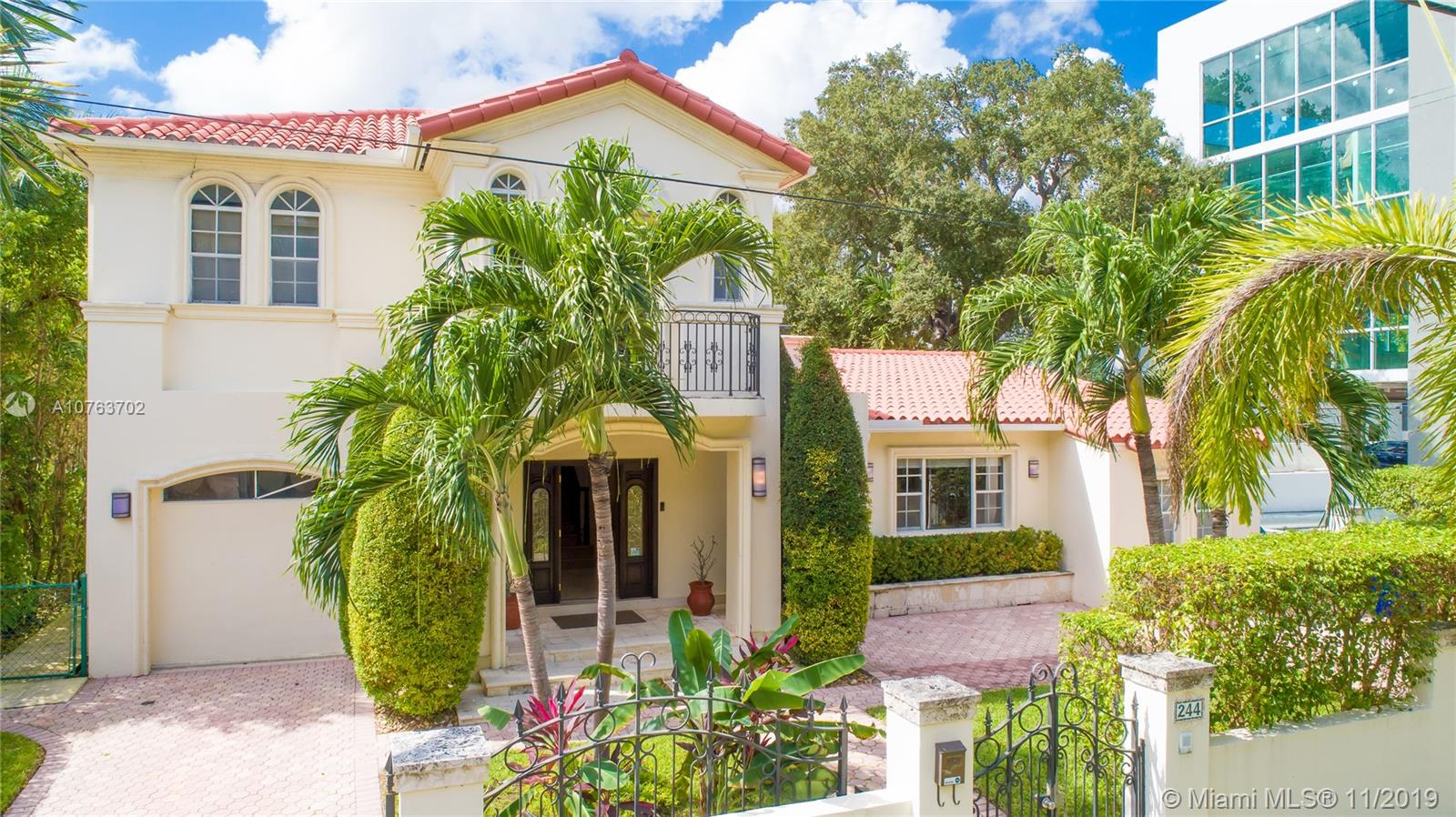 244 SW 28 Rd  For Sale A10763702, FL