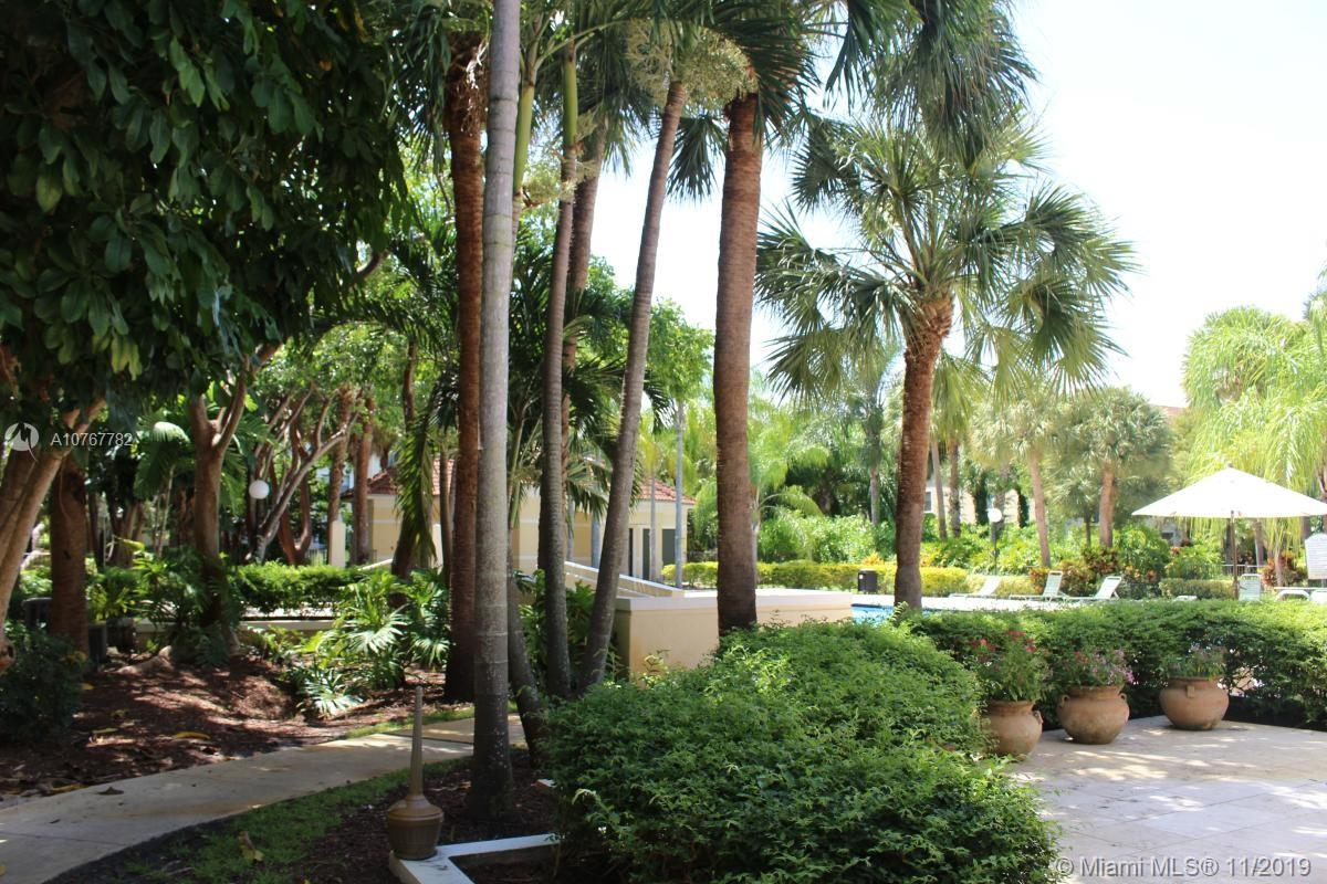 630 S Park Rd #34-3 For Sale A10767782, FL