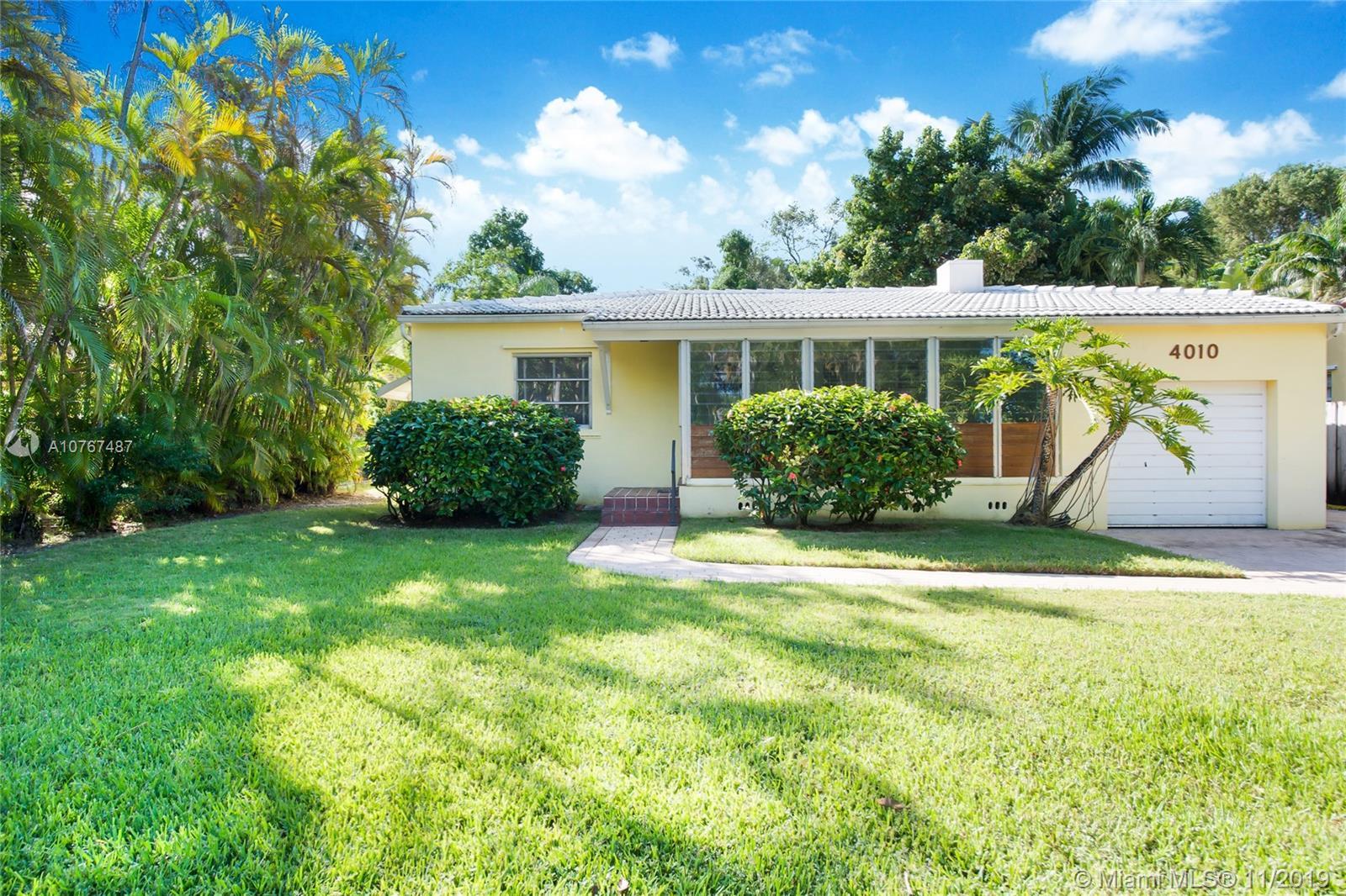 4010  Woodridge Rd  For Sale A10767487, FL