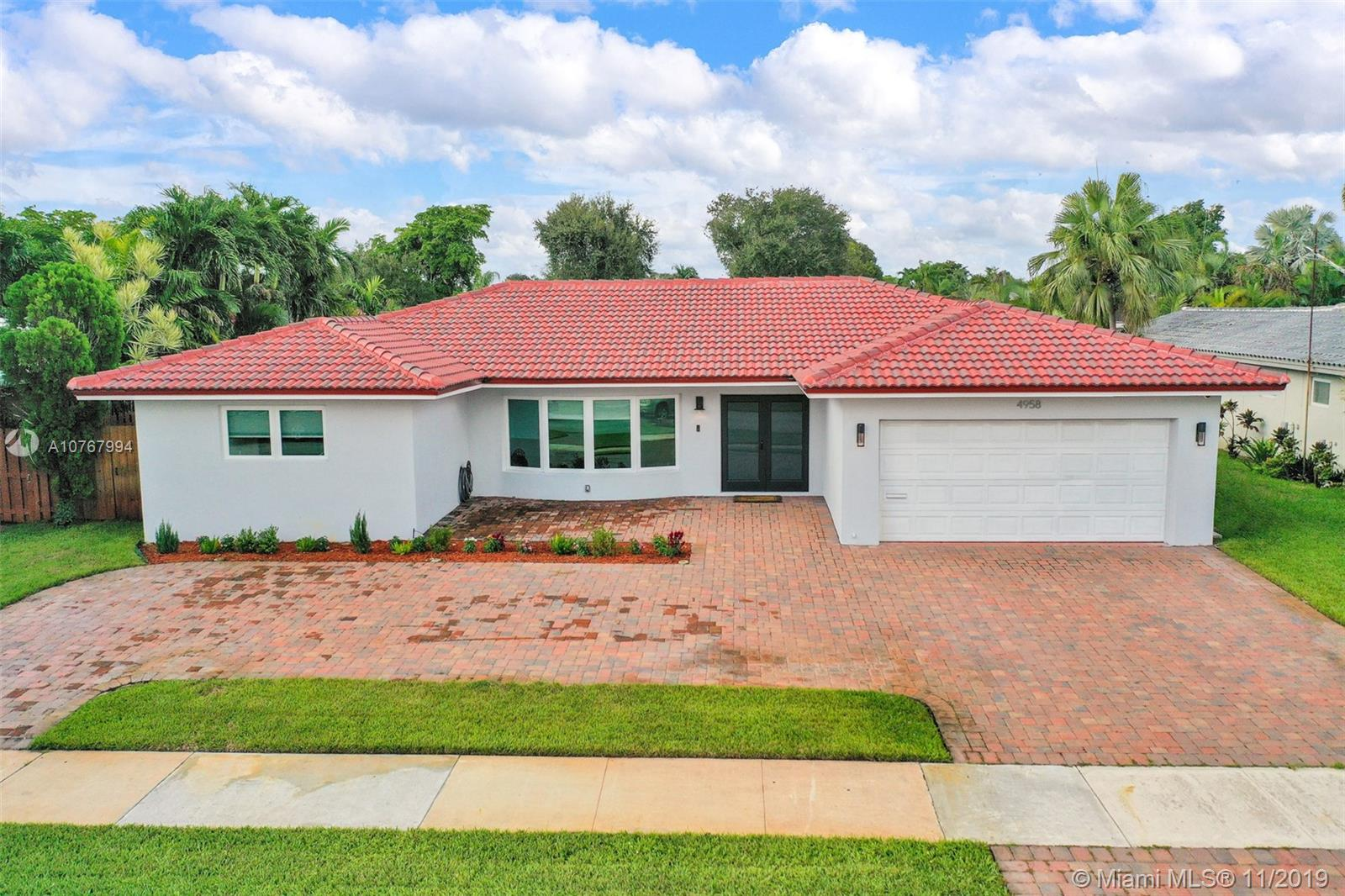 4958  Sarazen Dr  For Sale A10767994, FL