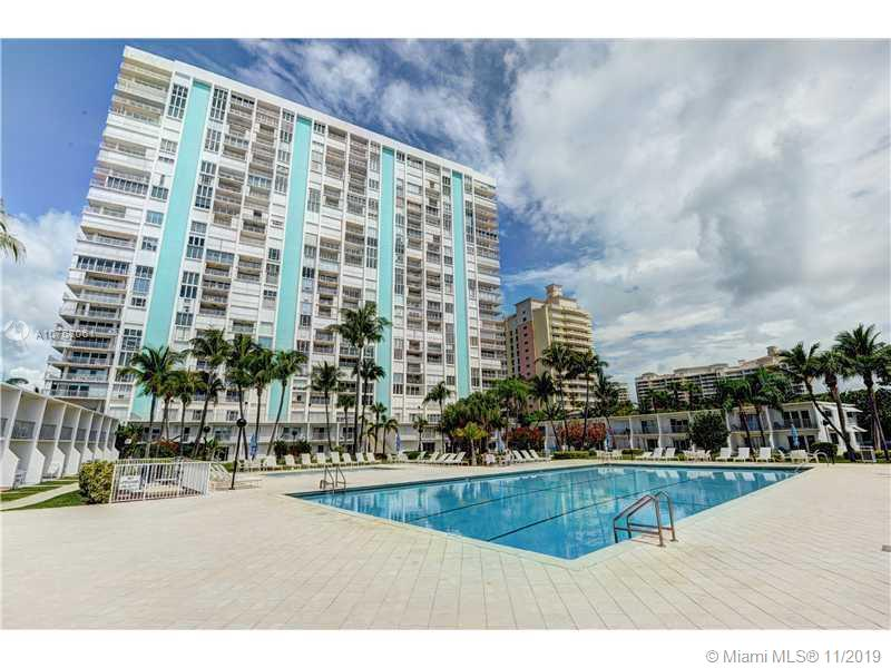 881  Ocean Dr #18G For Sale A10768061, FL