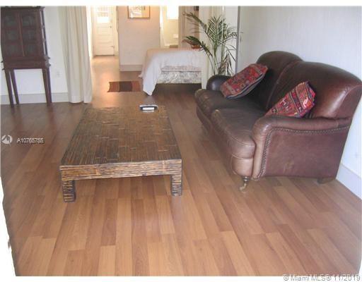 1455  Michigan Ave #4 For Sale A10765755, FL