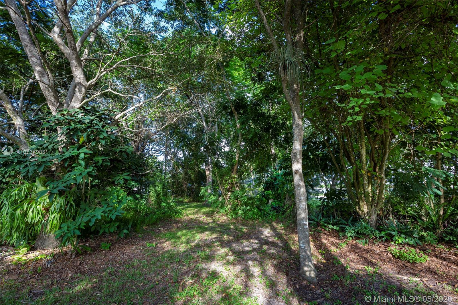11905 SW 84th Ave  For Sale A10767983, FL