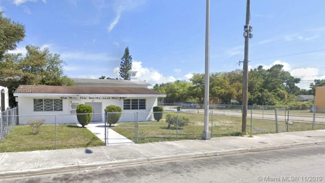 6601 NW 18th Ave  For Sale A10768344, FL