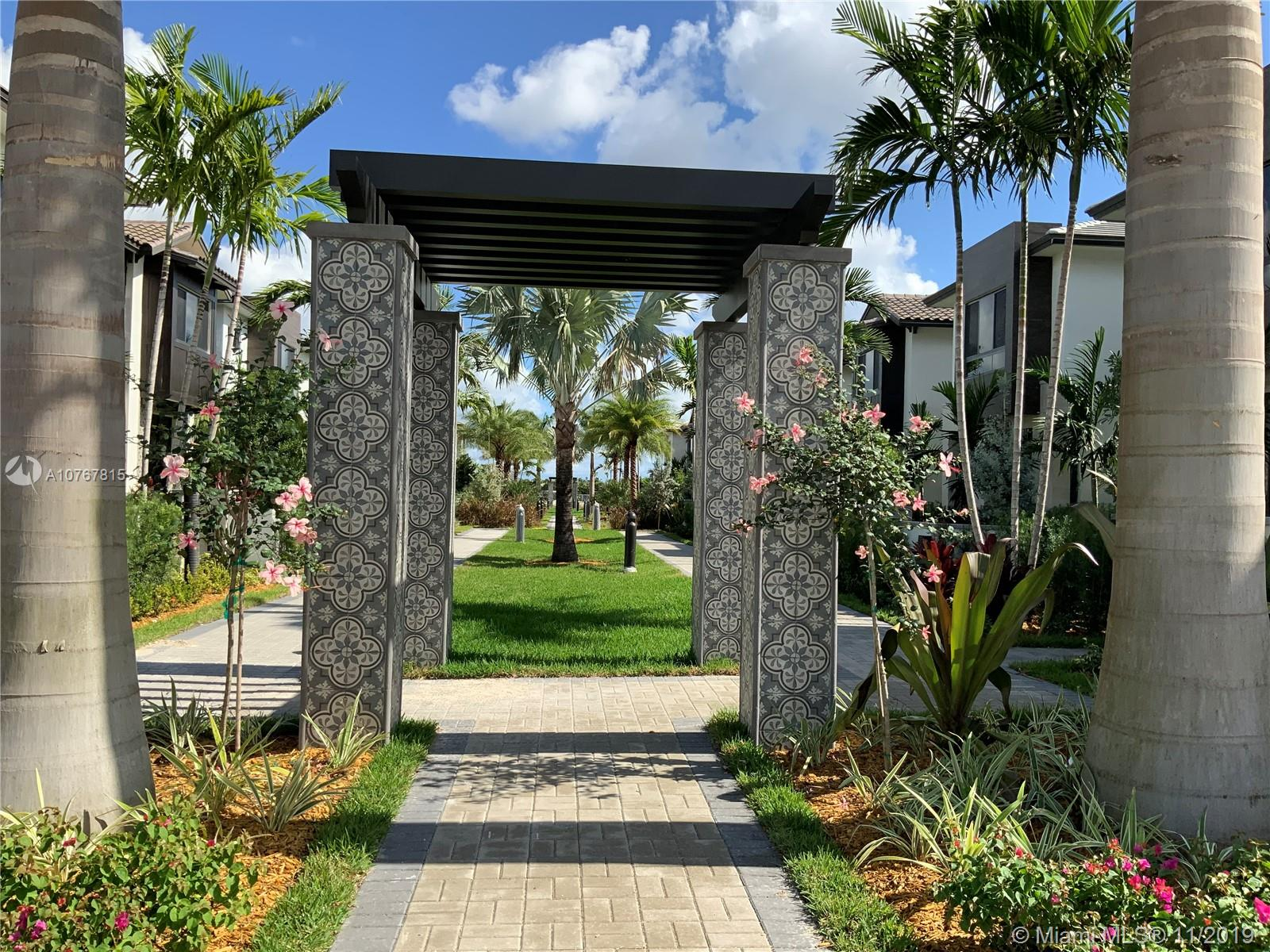 8278 NW 46th St  For Sale A10767815, FL