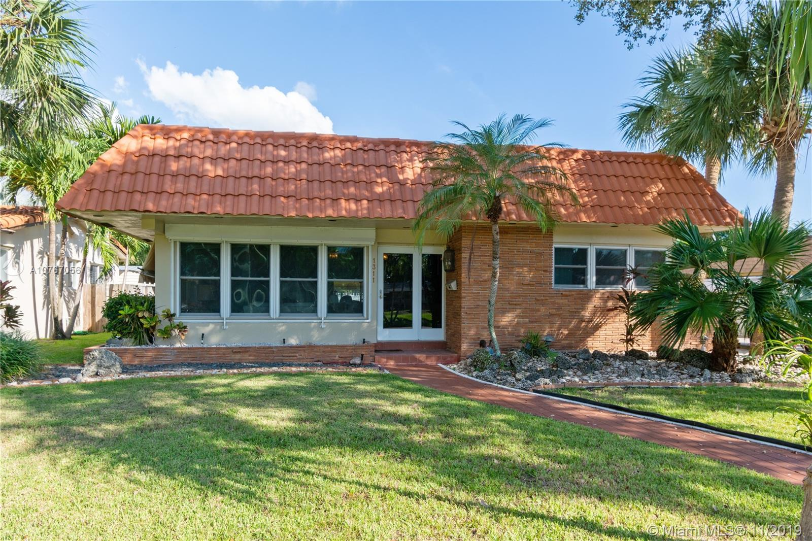 1311  Madison st  For Sale A10767056, FL