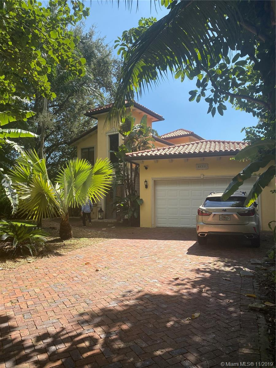 6550 SW 75th Ter  For Sale A10768599, FL