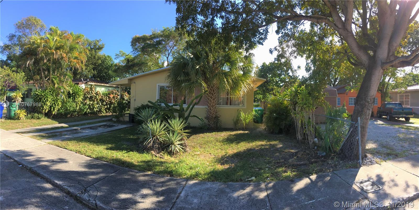 1172 NW 47th Ter  For Sale A10767980, FL