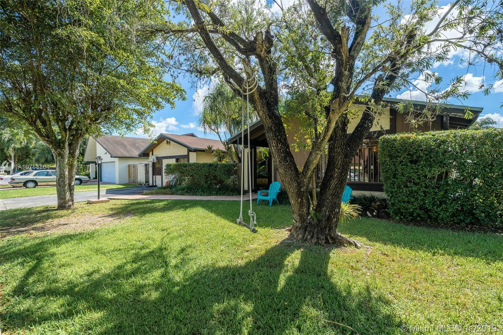 13270 SW 99th Ter  For Sale A10768864, FL