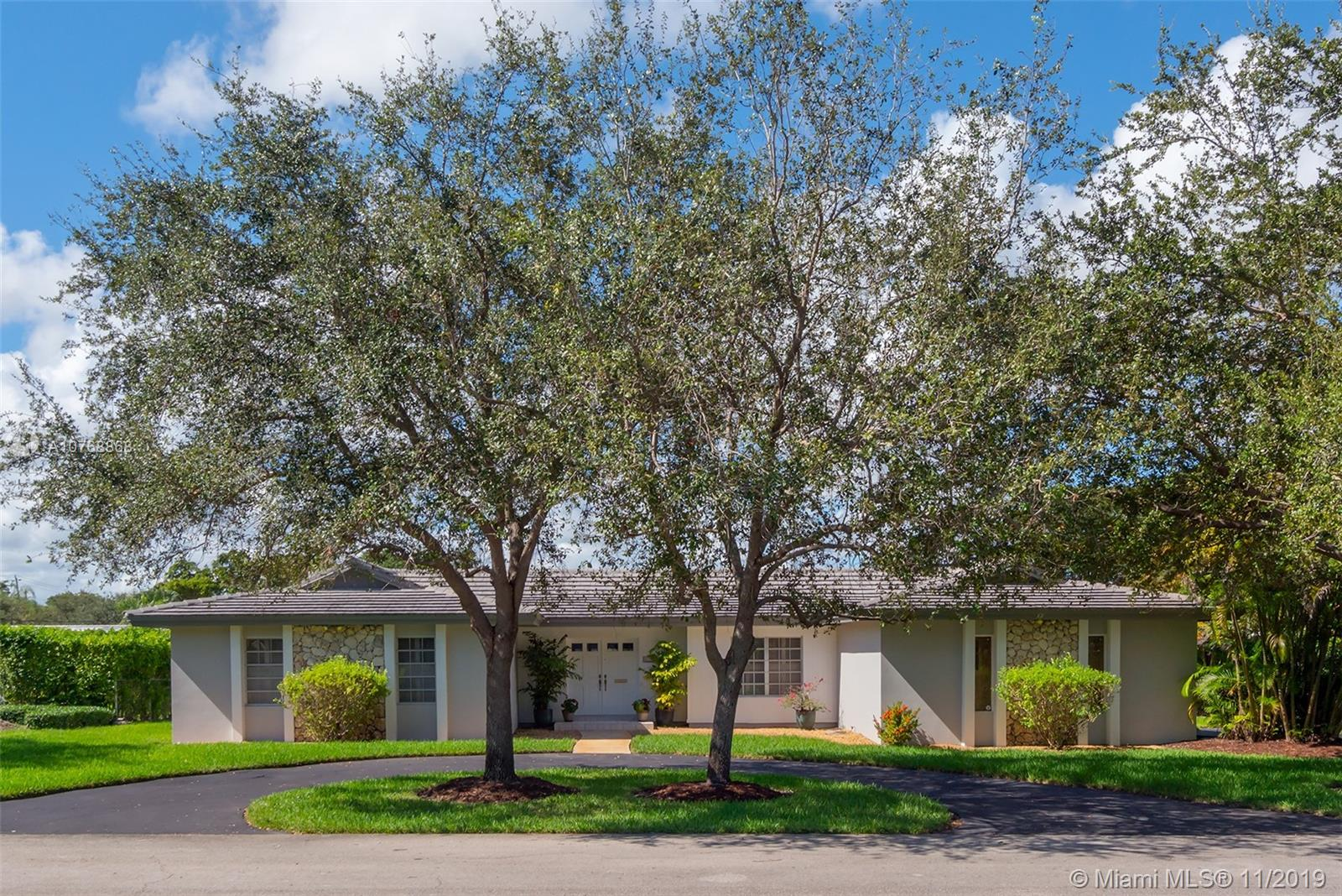 14300 SW 73rd Ave  For Sale A10768868, FL