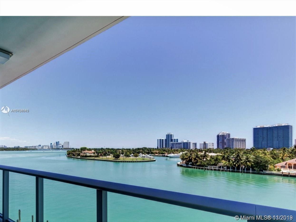 PENTHOUSE UNIT. PRIVATE ELEVATOR. EXTENDED BALCONY ACCENTUATE GORGEOUS VIEW. 2 BED 2.5 BATH PLUS DEN, COMPLETELY FINISHED AND READY TO MOVE IN! PORCELAIN FLOORS 30'X 60' THROUGHOUT. BUILT IN CLOSETS FROM ARMANDI. MOTORIZED SHADES. RECESSED LIGHTING AT LIVING ROOM. 6 INCHES WOOD BASEBOARDS.