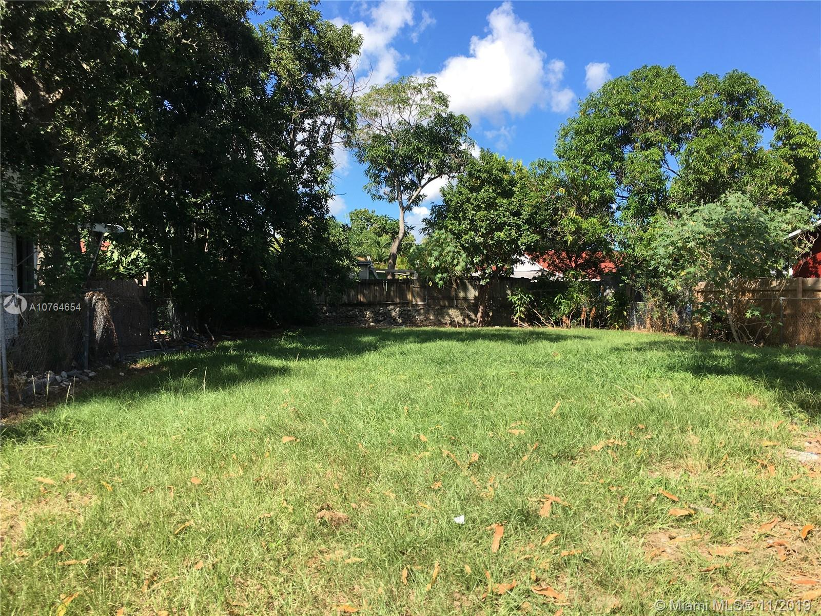 1175 NW 26th St  For Sale A10764654, FL