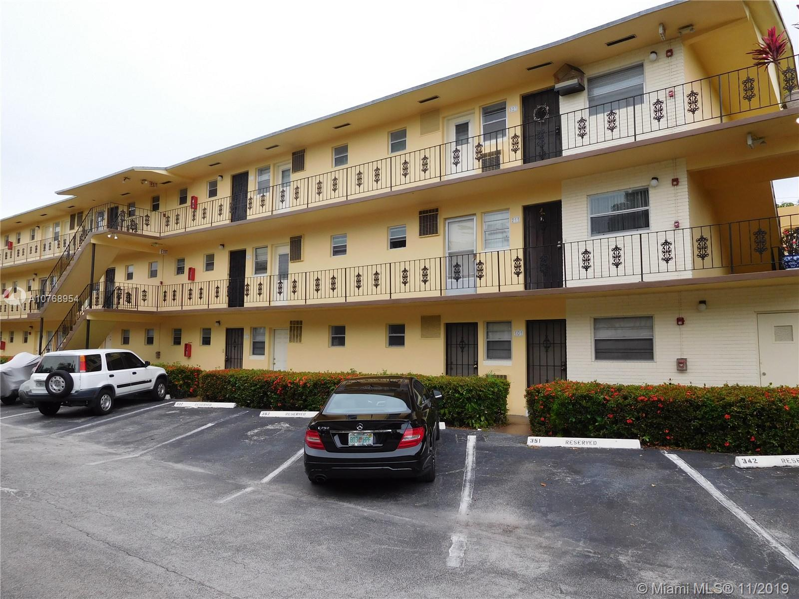 20200 N E 27th Ct #3 For Sale A10768954, FL