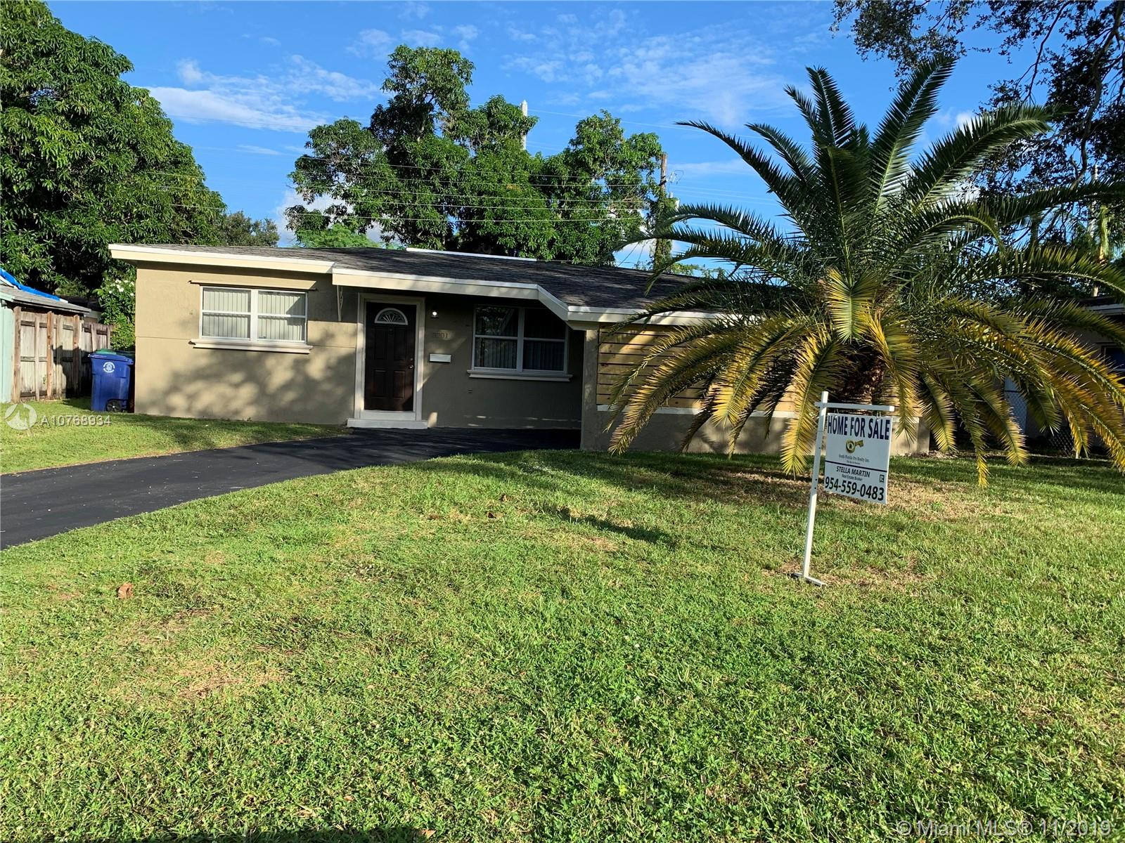 3201 SW 64th Ter  For Sale A10768934, FL
