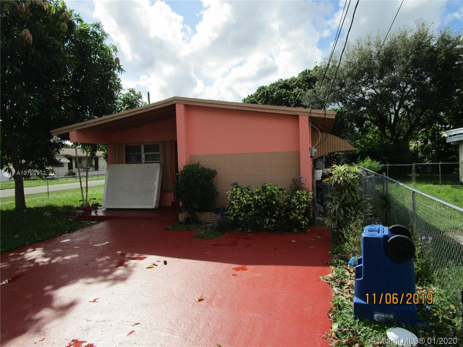 290 NE 171st Ter  For Sale A10769112, FL