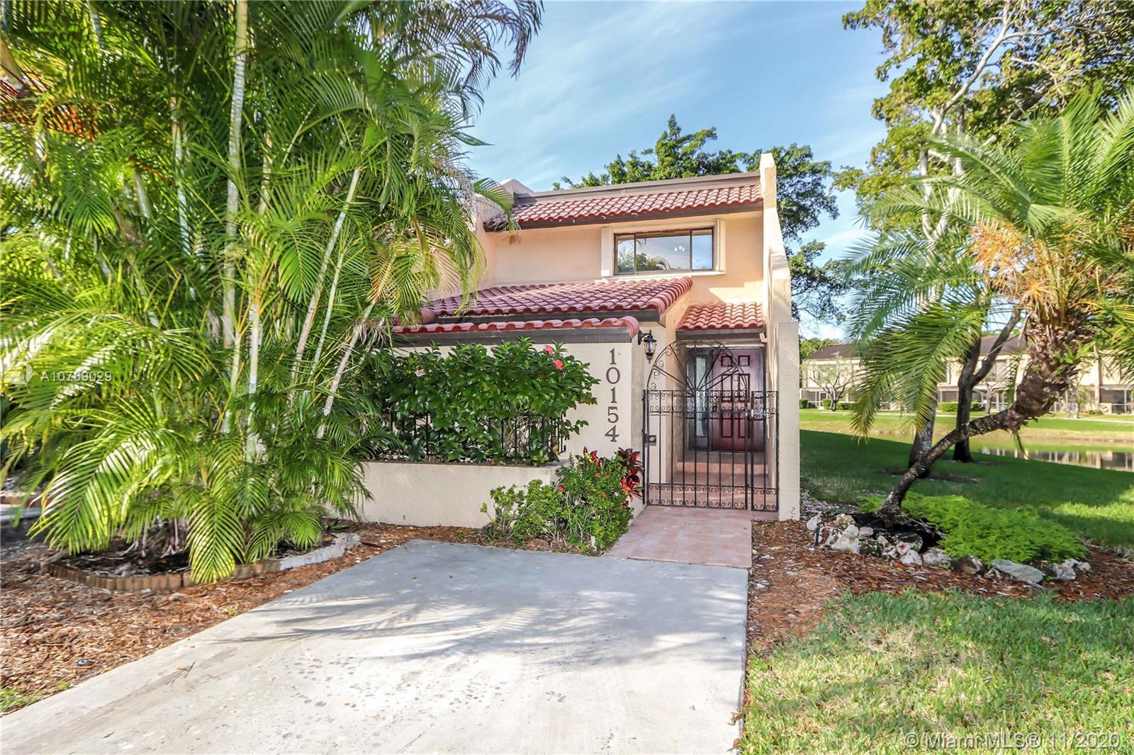 10154  Costa Del Sol Blvd #H For Sale A10769029, FL