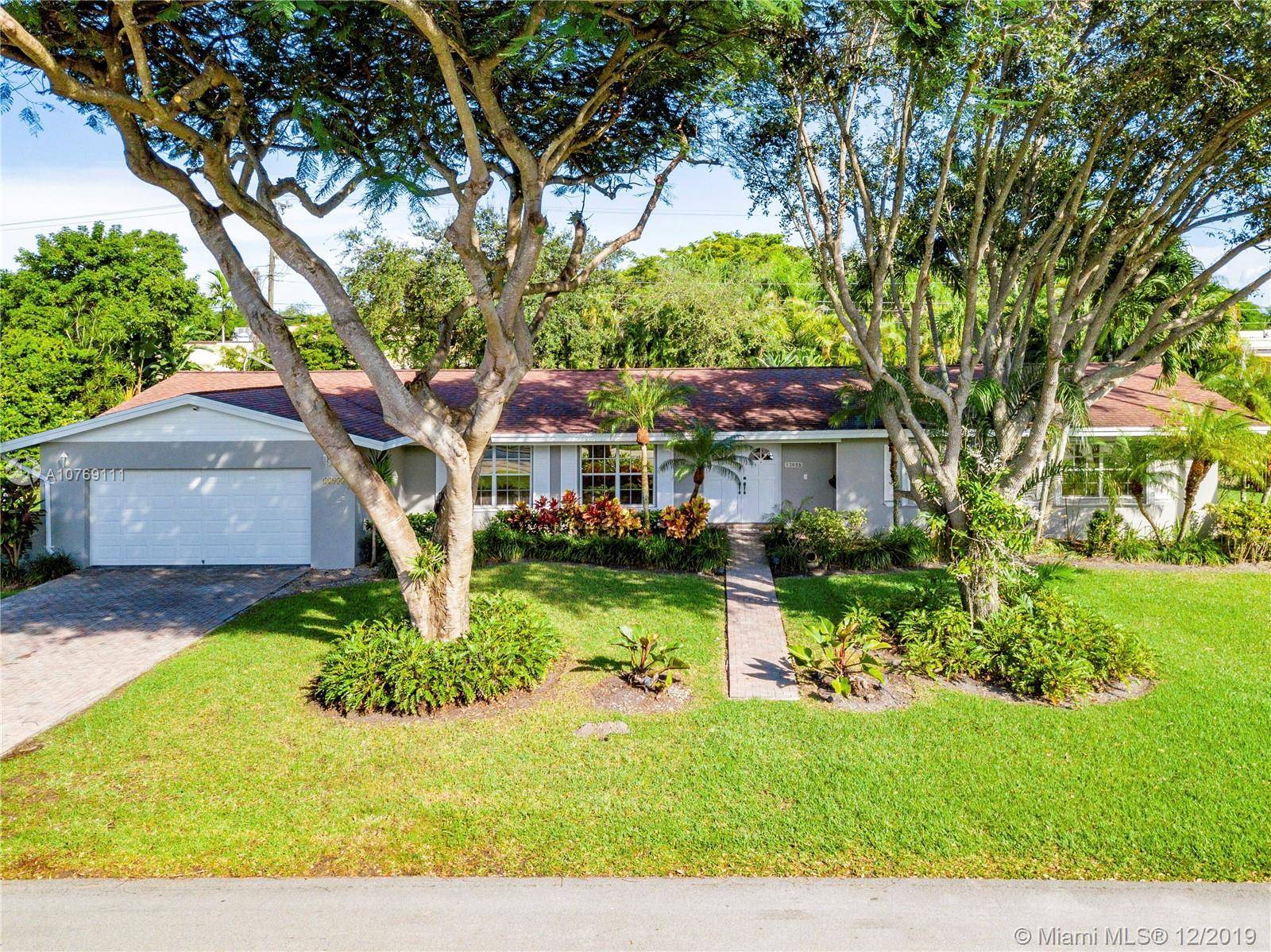 12055 SW 73rd Ave  For Sale A10769111, FL