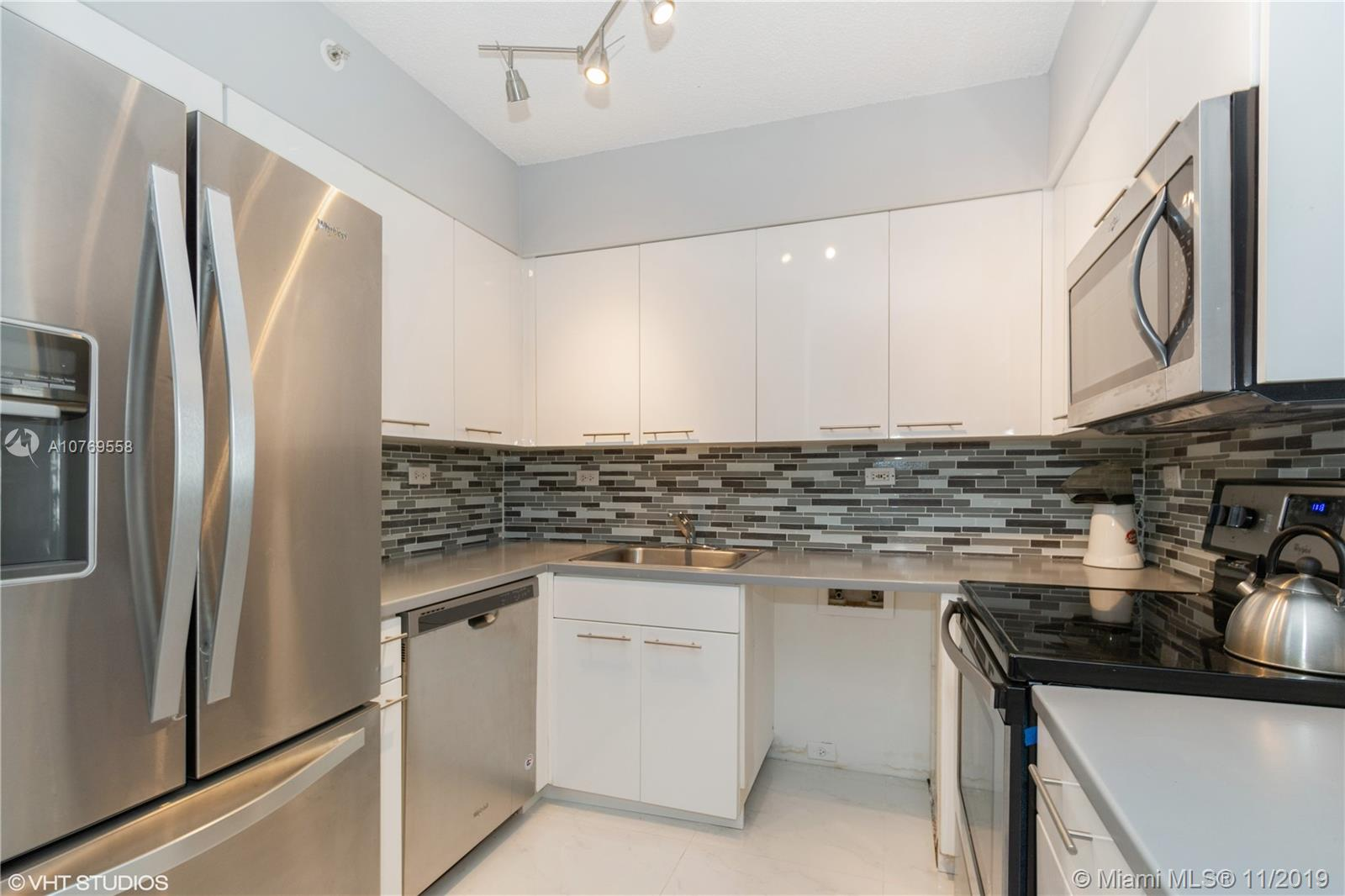 1500  Bay Rd #654S For Sale A10769558, FL