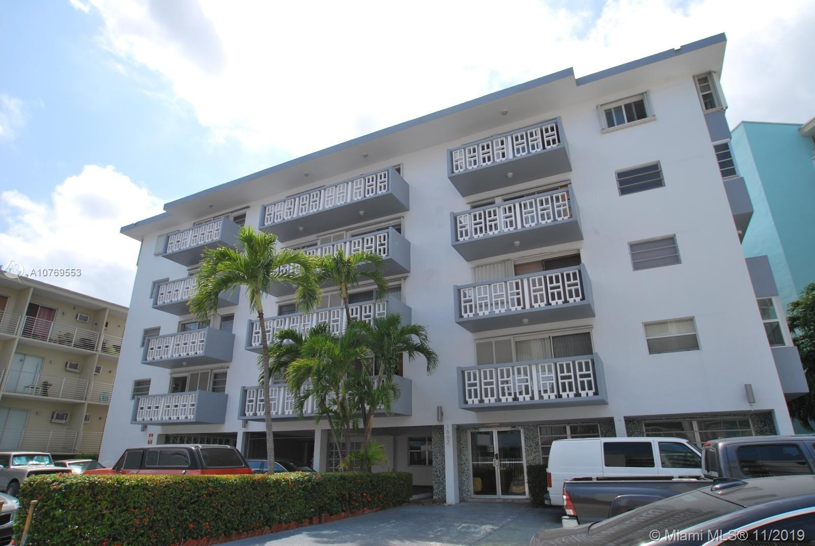 1662  Lincoln Ct #402 For Sale A10769553, FL
