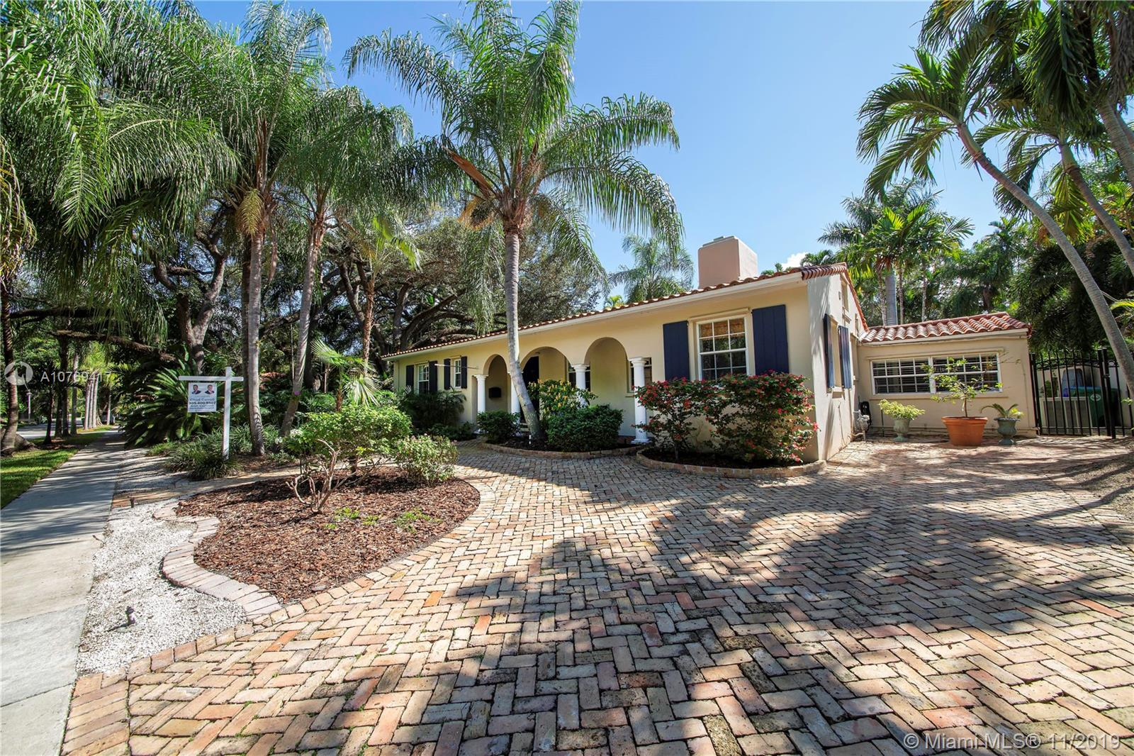 1624  Tigertail Ave  For Sale A10769417, FL