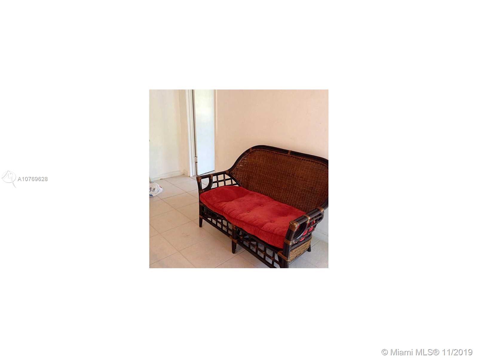 2832 NE 214th Ter #B For Sale A10769628, FL