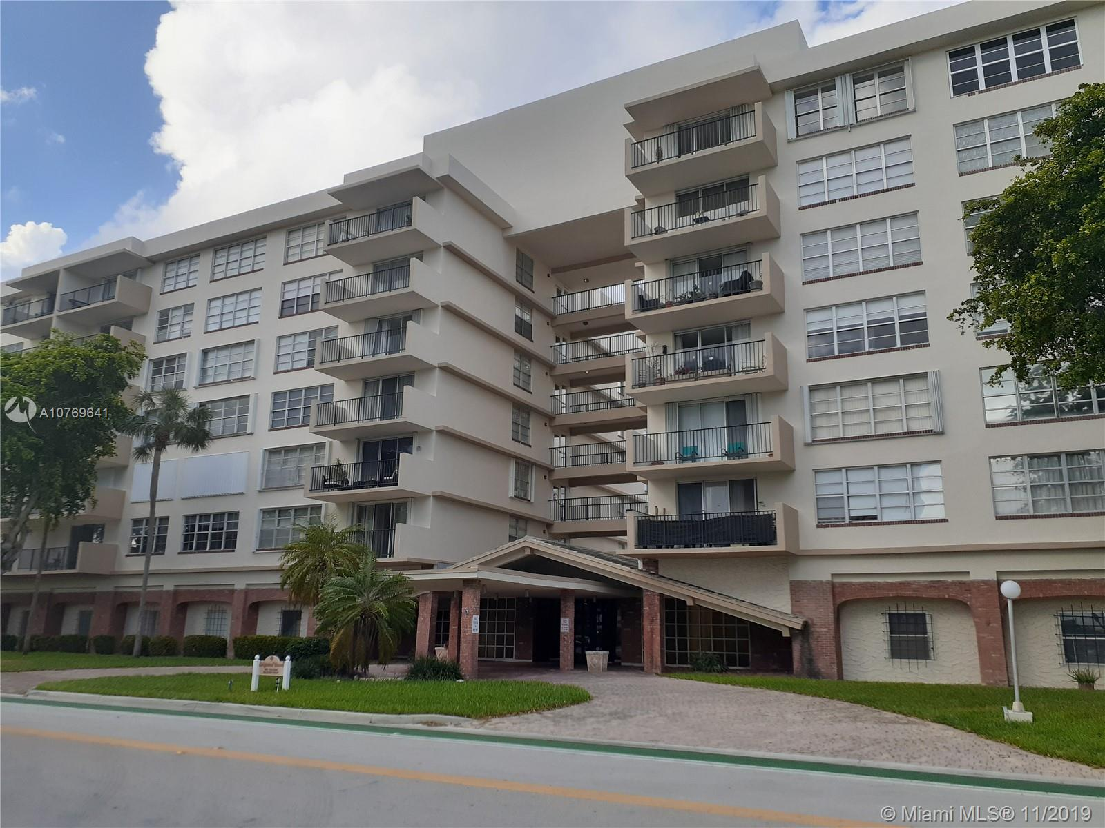 1001  91st St #507 For Sale A10769641, FL