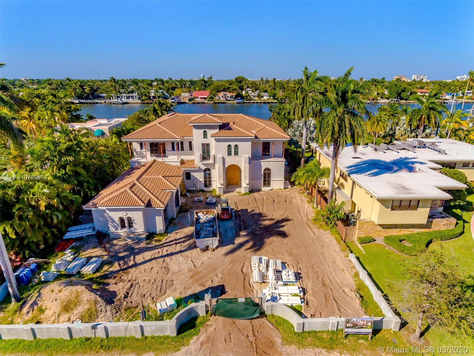 1007 S Northlake Dr  For Sale A10769674, FL