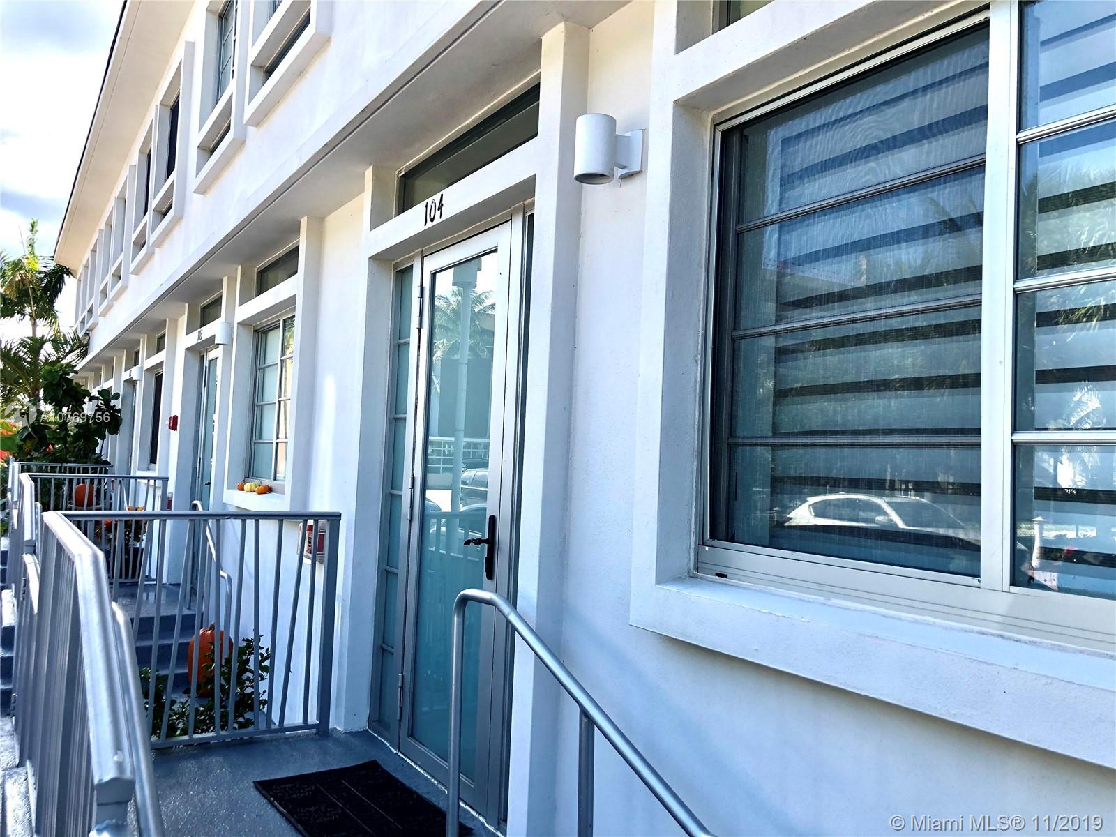 2160  Park Ave #104 For Sale A10769756, FL