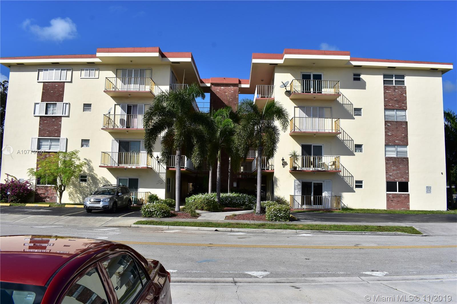 1747  Rodman St #203 For Sale A10770257, FL