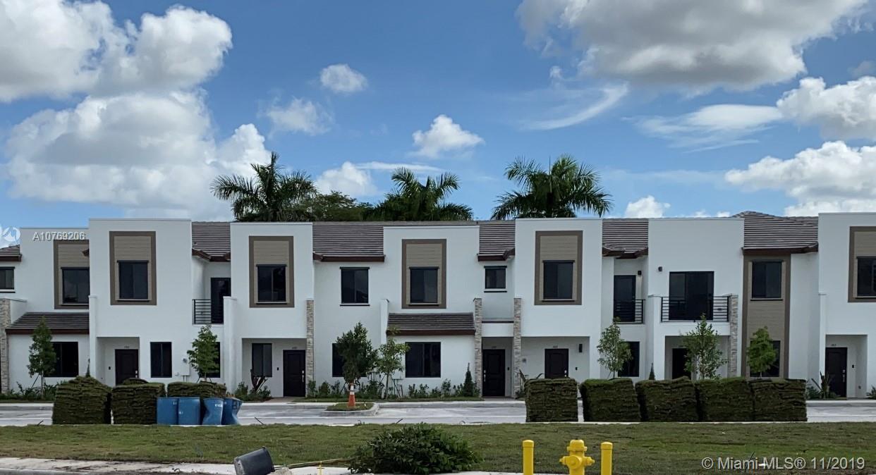 383 NE 208 Terrace #383 For Sale A10769206, FL