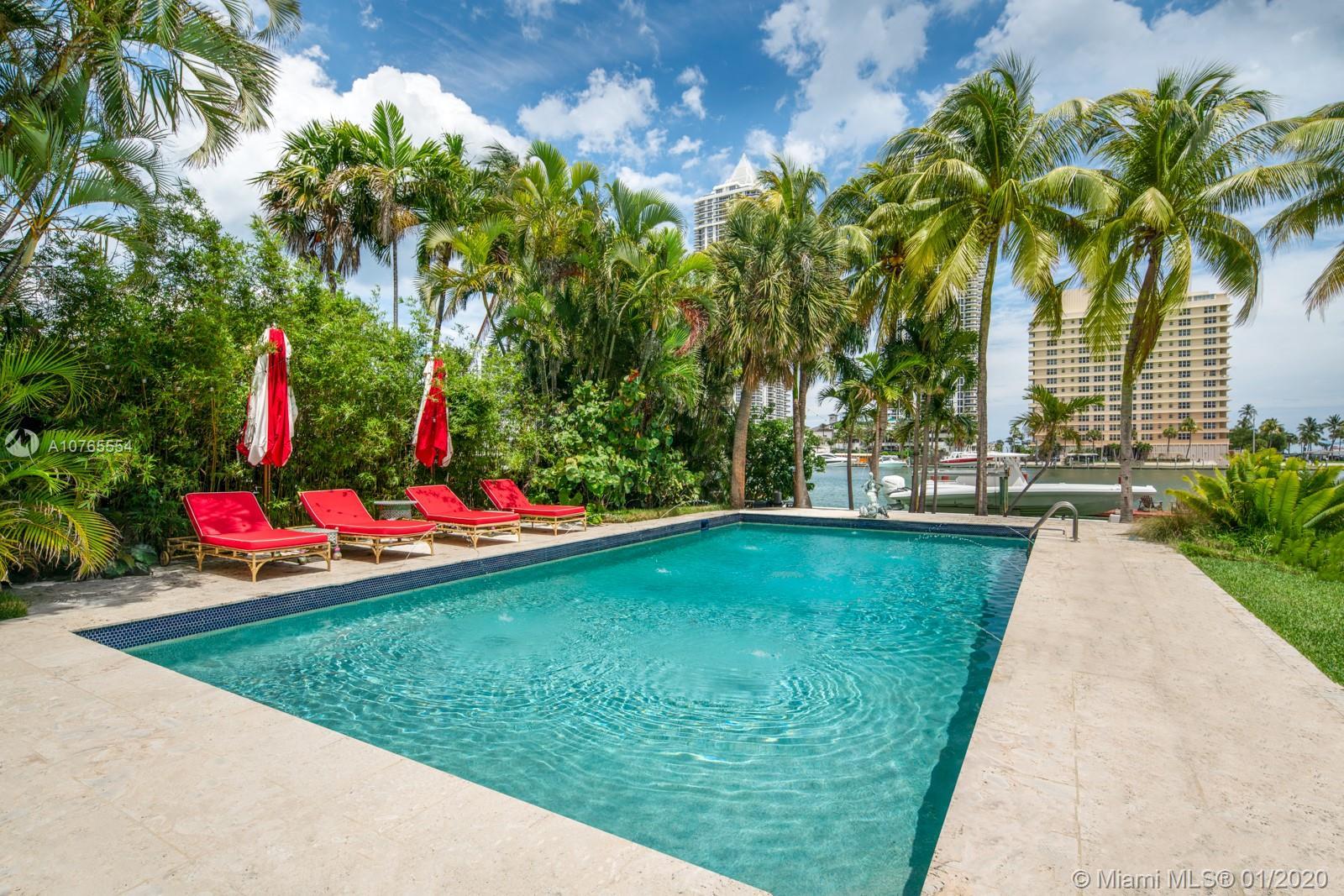 4731 Pine Tree Dr, Miami Beach, FL 33140
