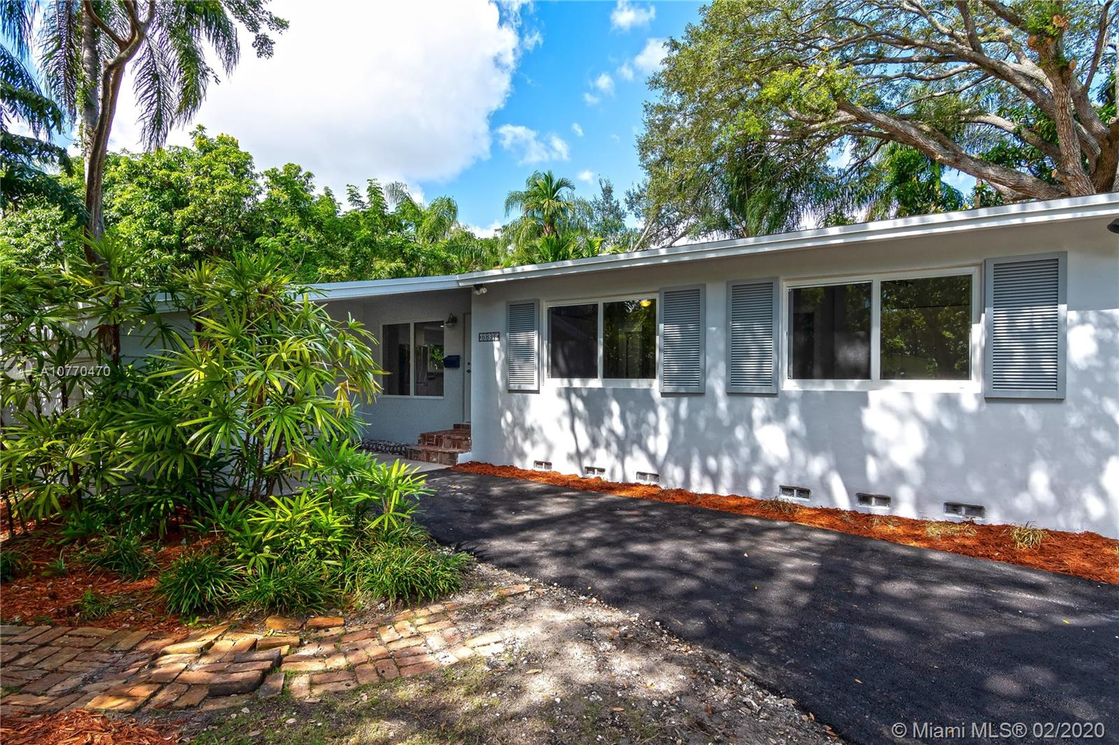 6831 SW 76th Ter  For Sale A10770470, FL