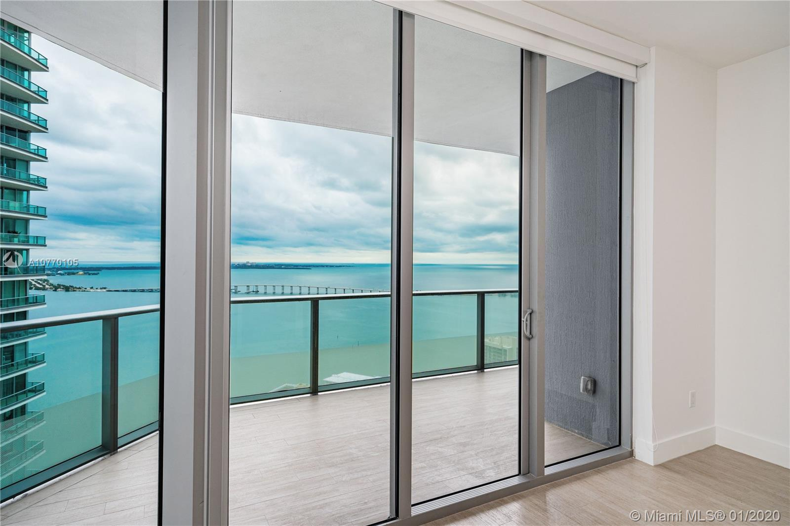 1300  Brickell Bay Dr #3904 For Sale A10770105, FL