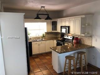 11794 SW 100th St  For Sale A10770544, FL