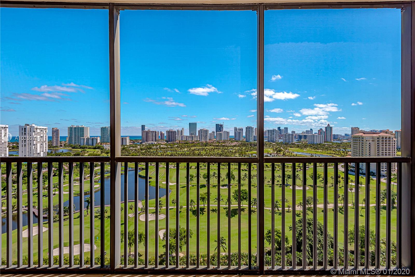 20301 W Country Club Dr #2226 For Sale A10750780, FL