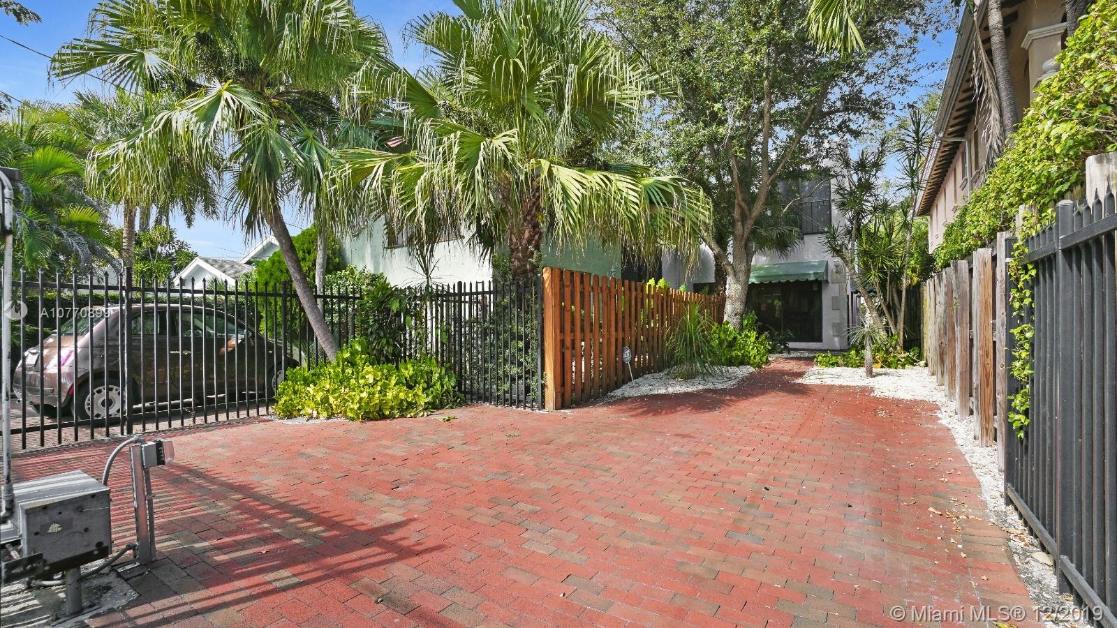 3145  Jackson Ave #3145 For Sale A10770899, FL
