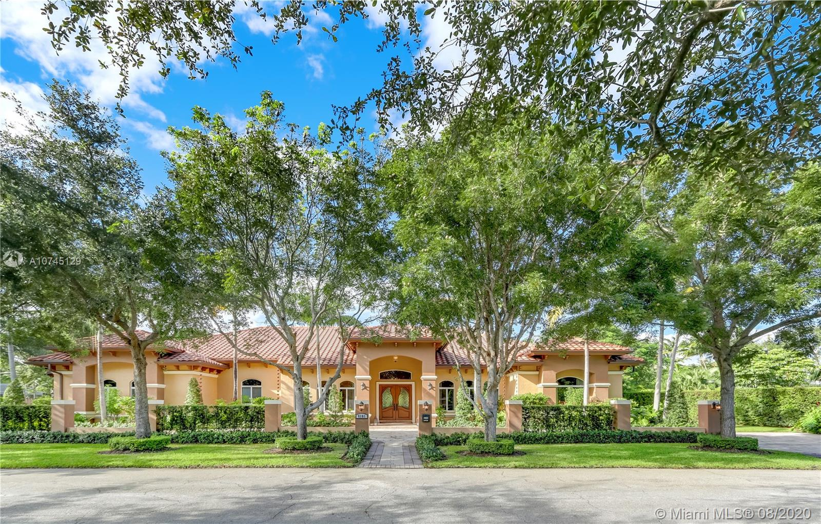 8101 SW 133rd St  For Sale A10745129, FL