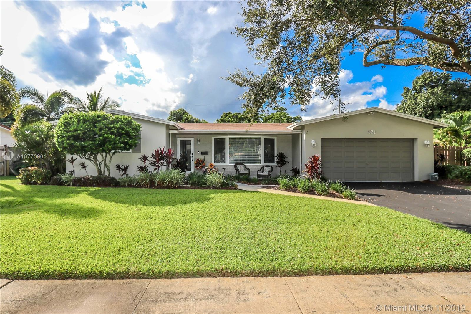 121 SW 52nd Ter, Plantation, FL 33317