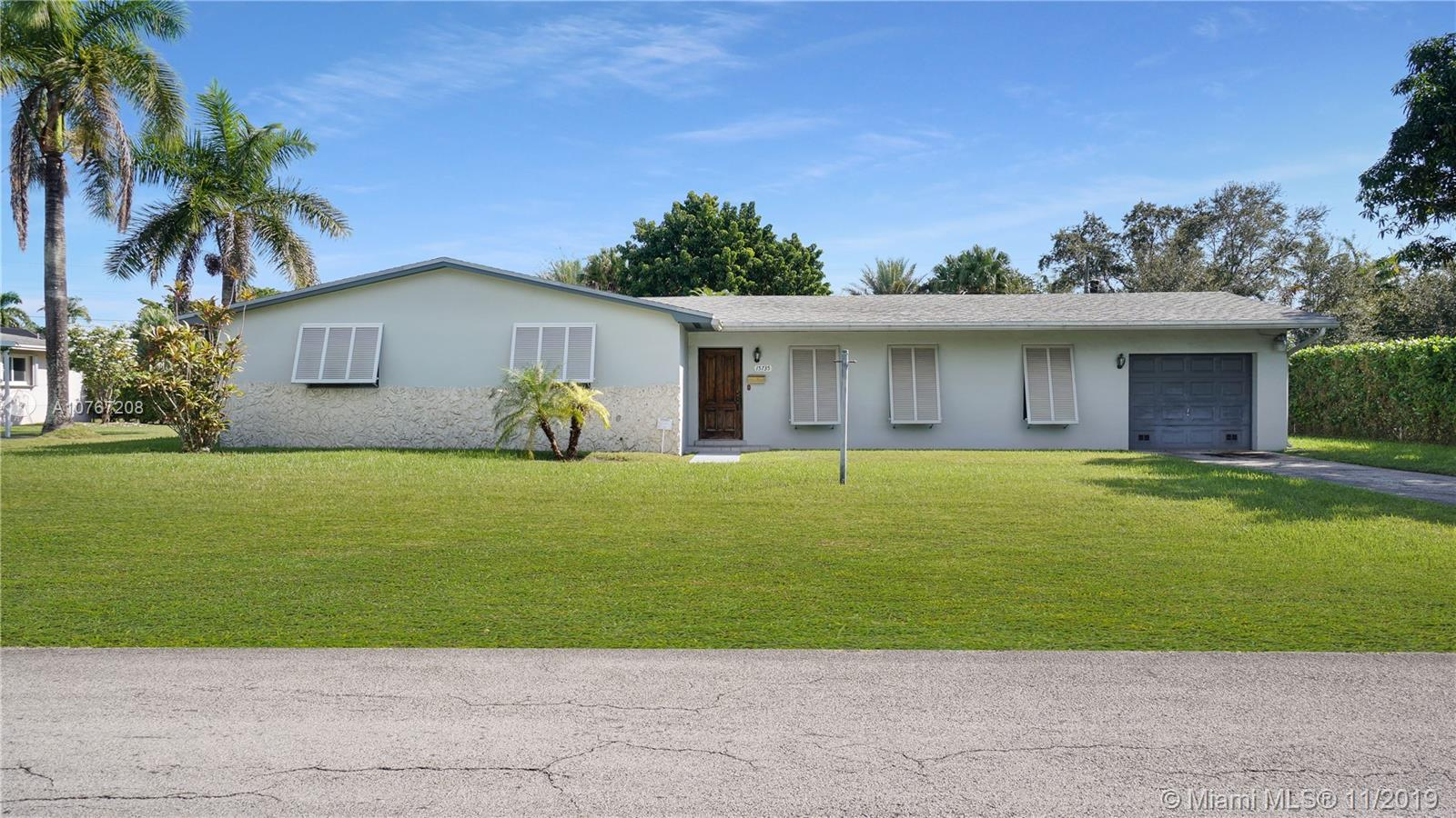 15735 SW 89th Ave  For Sale A10767208, FL