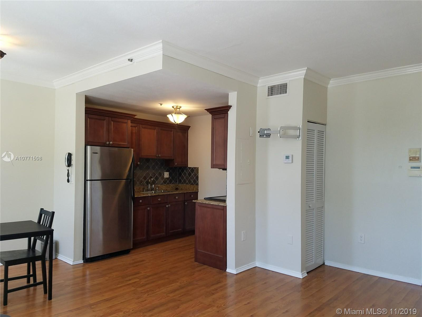 1502  JEFFERSON AV #204 For Sale A10771508, FL