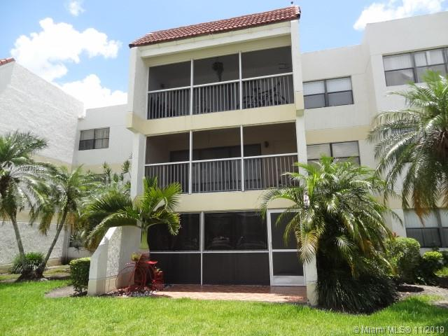 100  Lakeview Dr #104 For Sale A10771588, FL