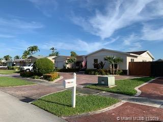 11581 SW 119th Place Rd  For Sale A10771673, FL