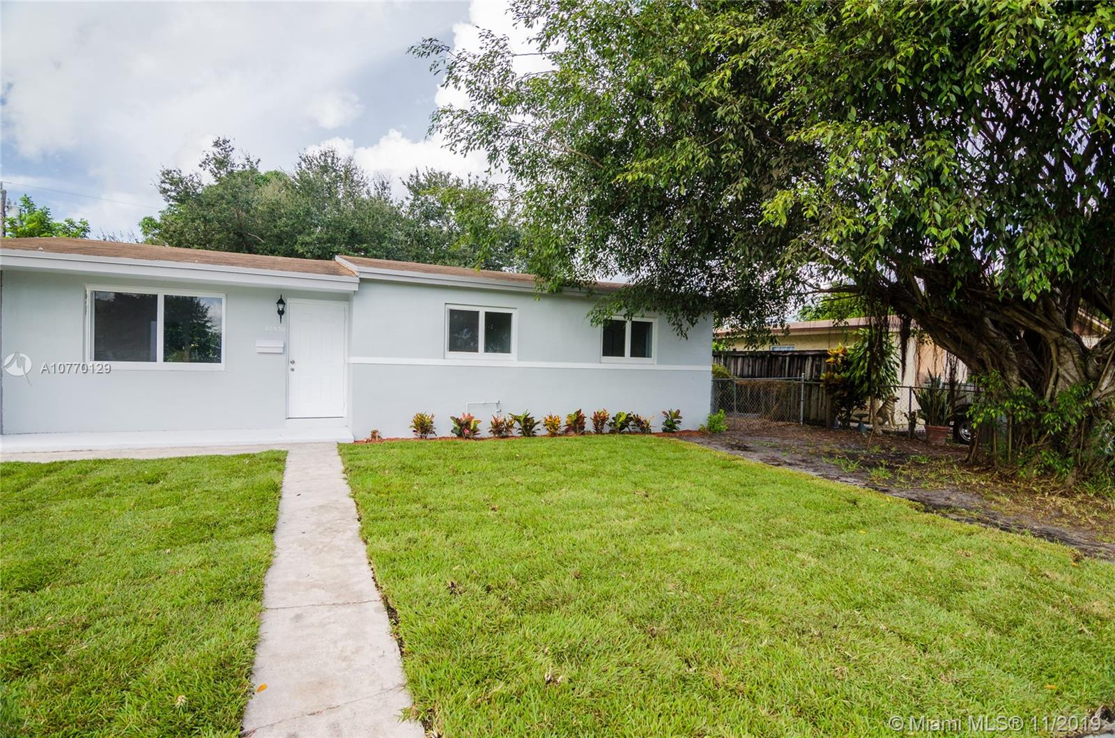 20530 NW 33rd Ave, Miami Gardens, FL 33056
