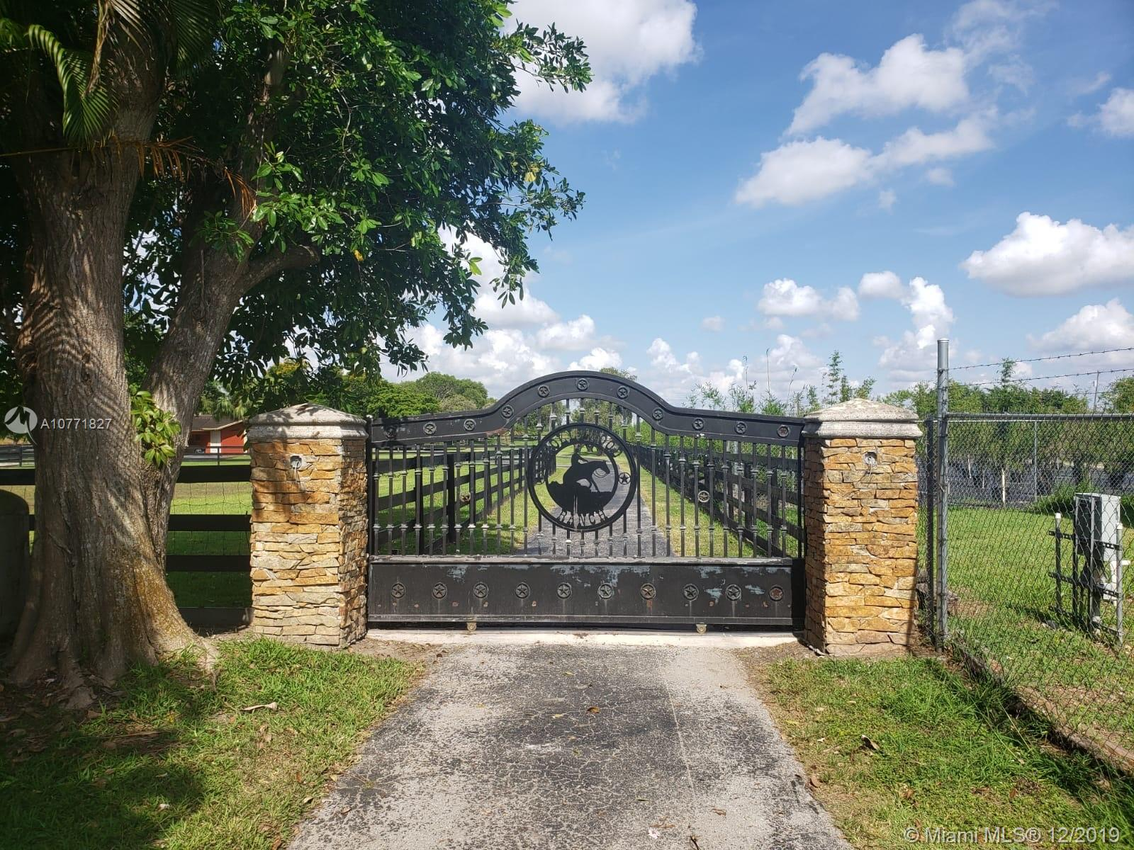 13600 SW 186th ST  For Sale A10771827, FL